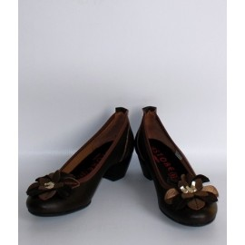 CLASSIC HEELS WITH FIORE TESTA DI MORO AND BRONZE